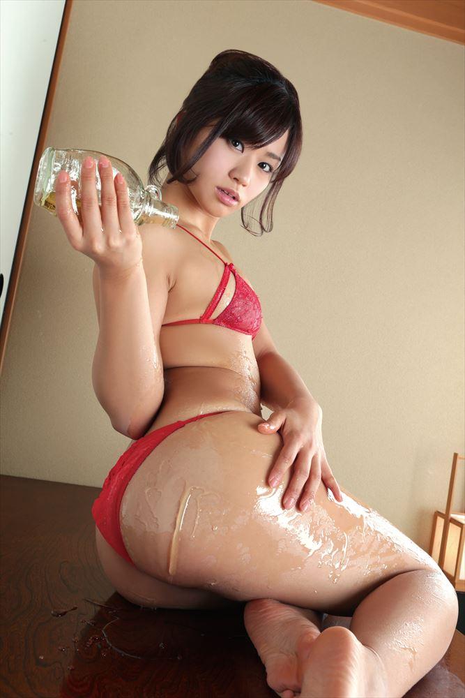 Hitomi Yasue